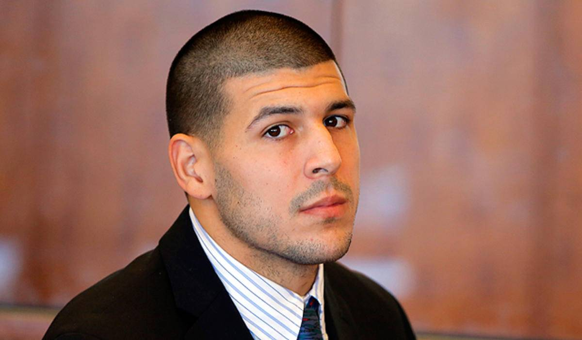 Former Patriots Tight End, Aaron Hernandez Commits Suicide
