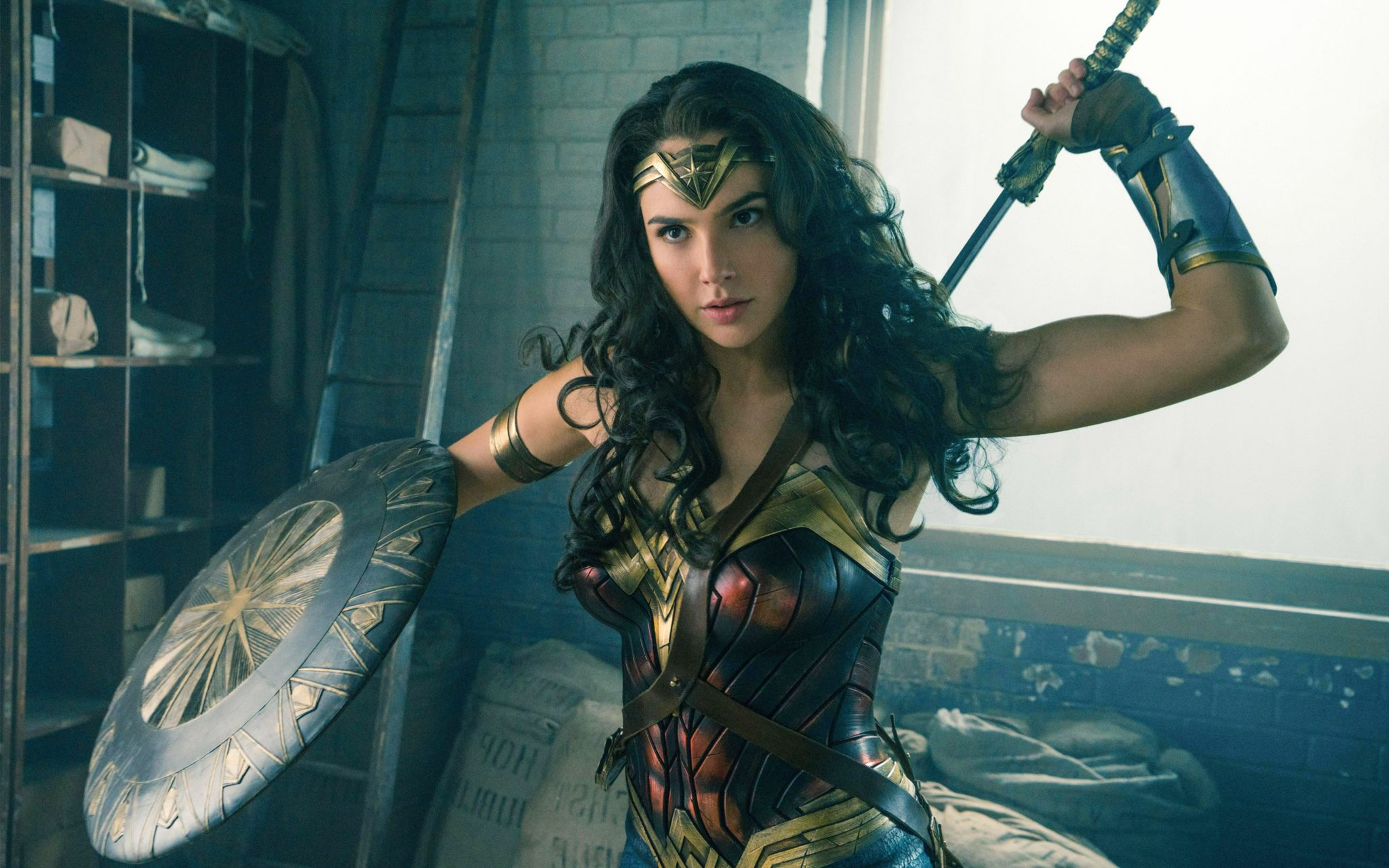 "Review: ""Wonder Woman"" Fully Lives up to the Adjective in Her Name"